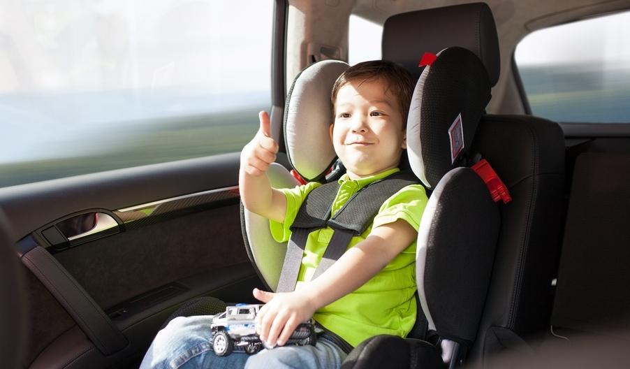 Ley sillas en los autos